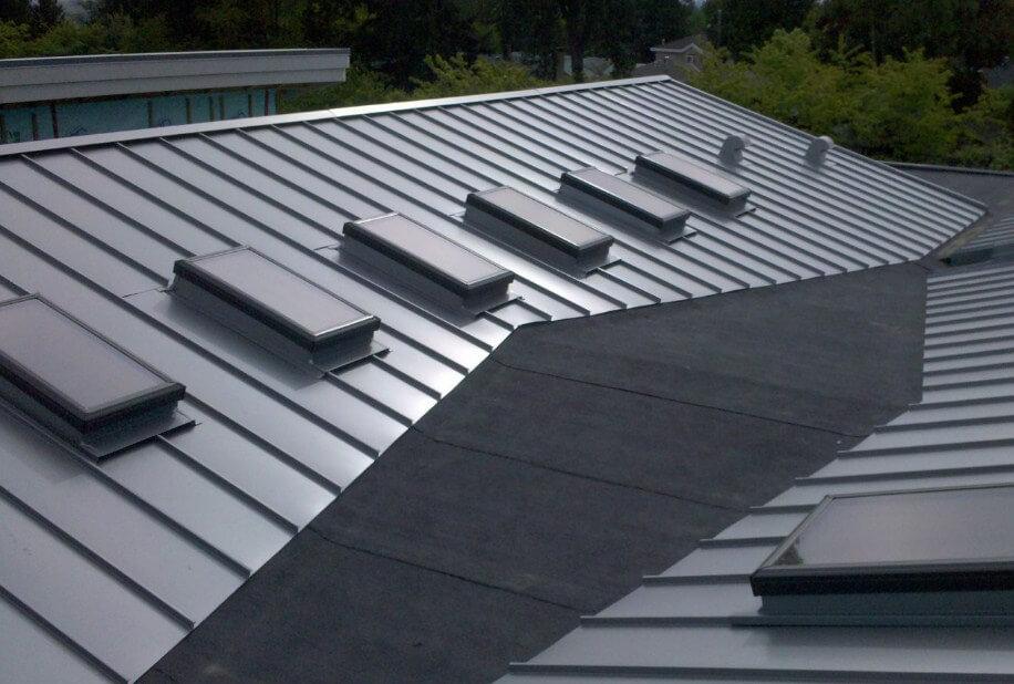 Dịch vụ làm mái tôn chống thấm chống nóng